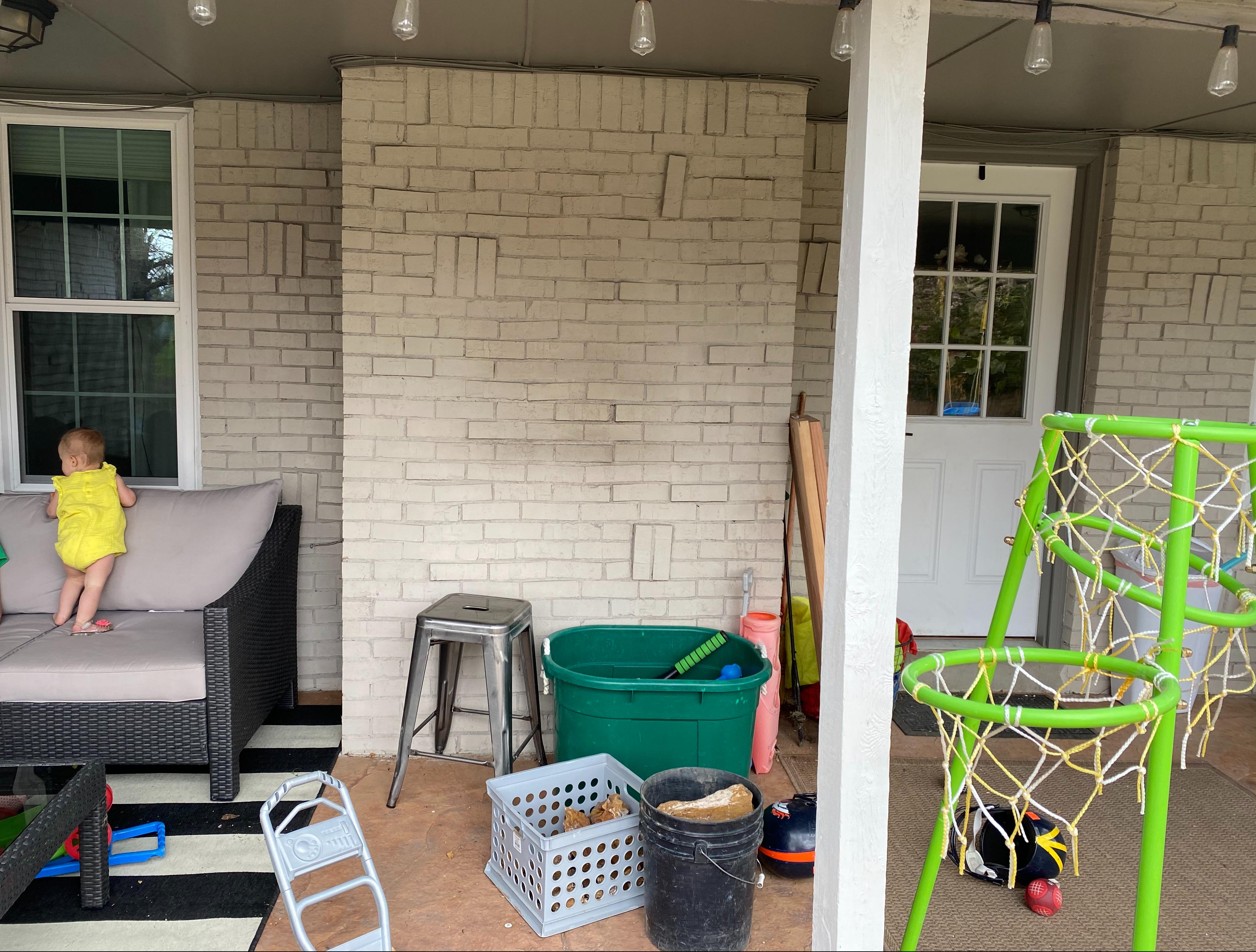 Bare brick wall - Before transformation