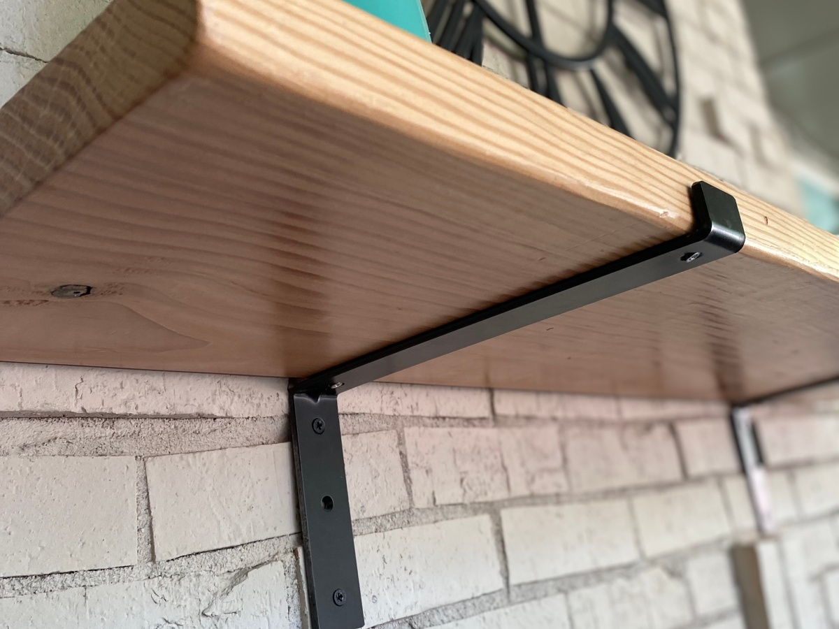 Brackets for wood bar